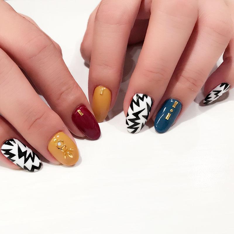 戸塚の美容院ITAL ネイル紹介 handpainted-Pattern